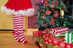 Cosa regalare per Natale ad una neo-mamma