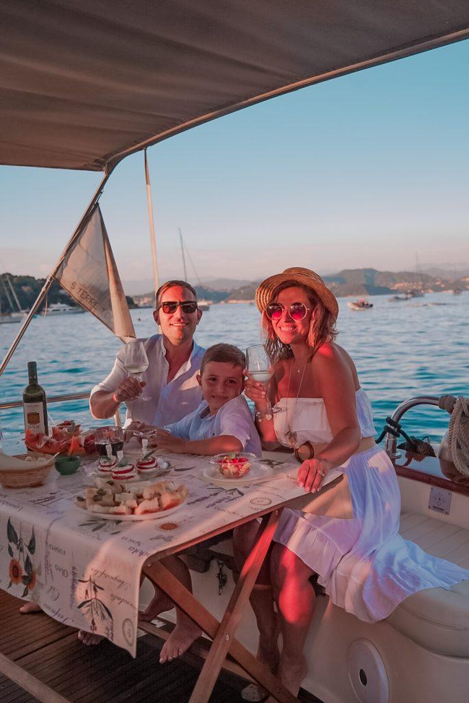 In barca nel Golfo dei Poeti con Fish&Chill Boat Tour